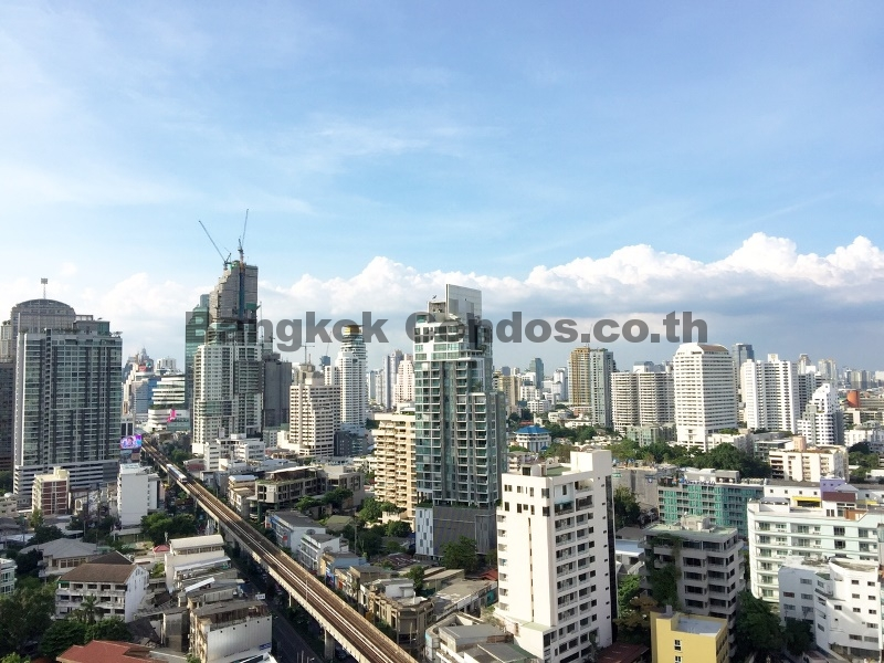 The Crest Sukhumvit 34 1 Bed Condo for Rent Thonglor