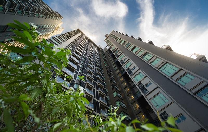 The Crest Sukhumvit 34 Building