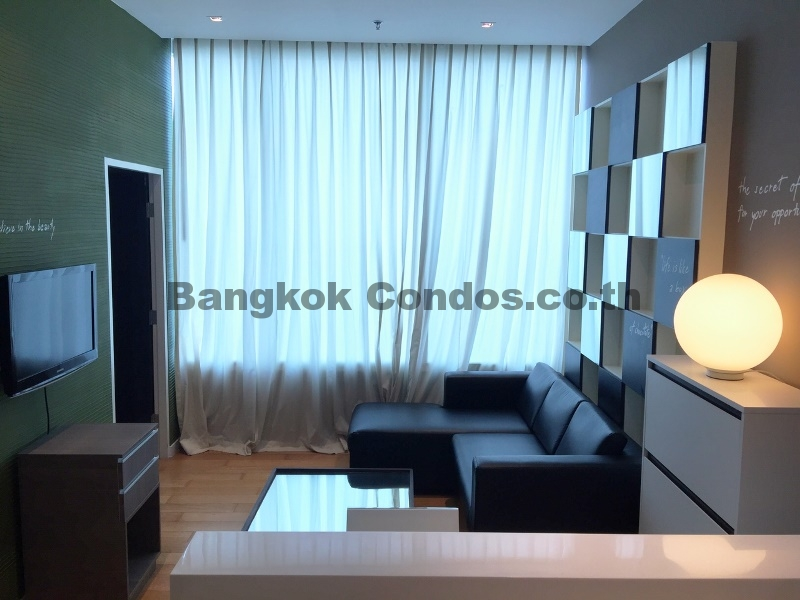 eight thonglor residences 1 bedroom condo for sale