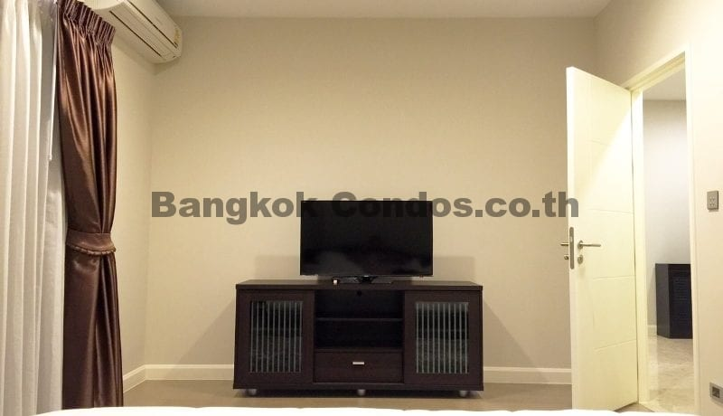 2 Bedroom Condo for Sale The Crest Sukhumvit 34_BC00053_17