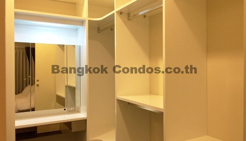2 Bedroom Condo for Sale The Crest Sukhumvit 34_BC00053_18