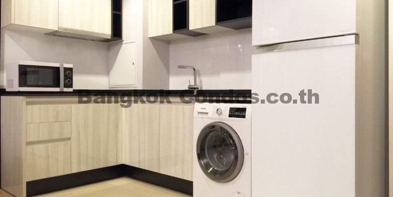 Executive 1 Bedroom Condo for Rent HQ by Sansiri Condo Near Thonglor BTS_BC00063_7