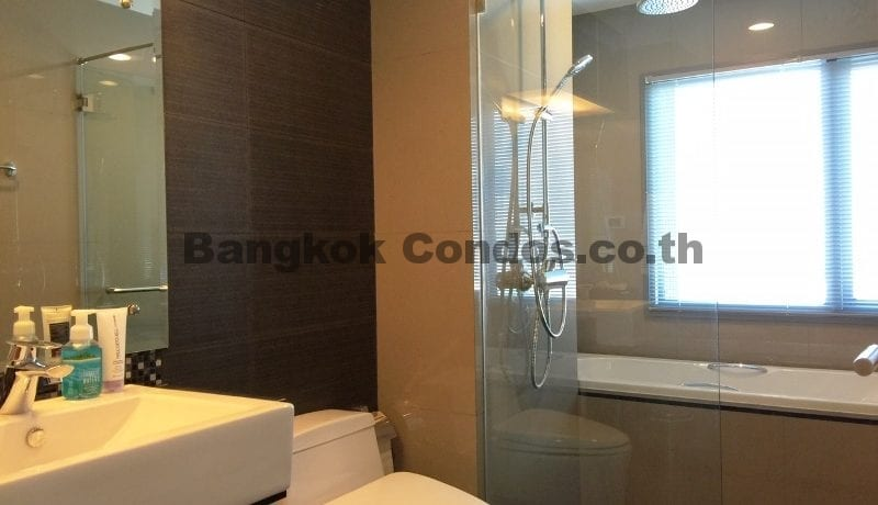 Stunning 2 Bedroom Condo for Rent The Crest Sukhumvit 34 Condo Near Thonglor BTS_BC00072_11