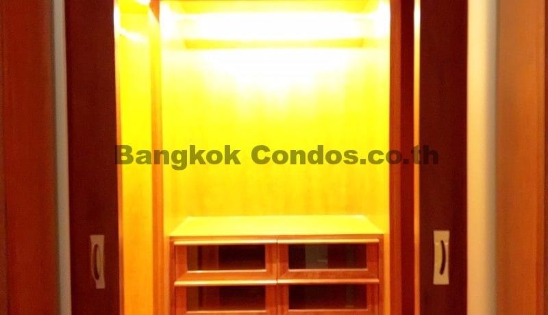 lavish-3-bedroom-athenee-residence-condo-for-rent-phloen-chit_bc00112_12