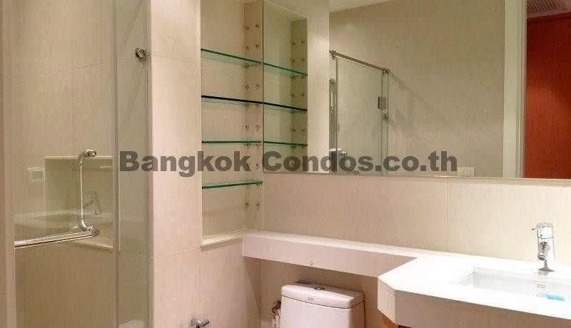 lavish-3-bedroom-athenee-residence-condo-for-rent-phloen-chit_bc00112_17