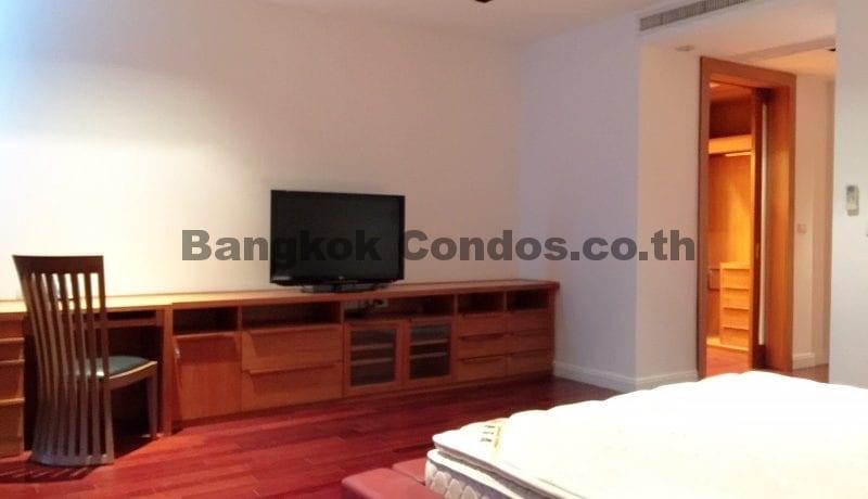 lavish-3-bedroom-athenee-residence-condo-for-rent-phloen-chit_bc00112_9