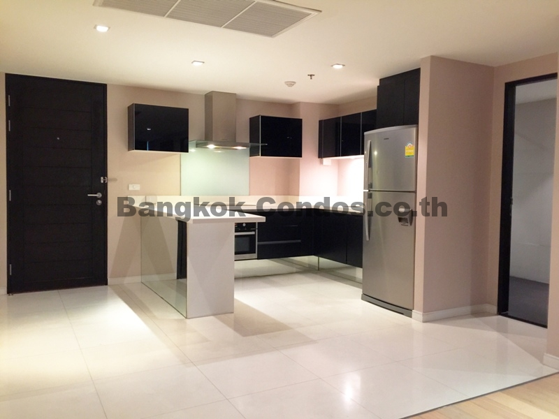 RENT 2 Bedroom Eight Thonglor 2 Bed Condo for Rent Eight