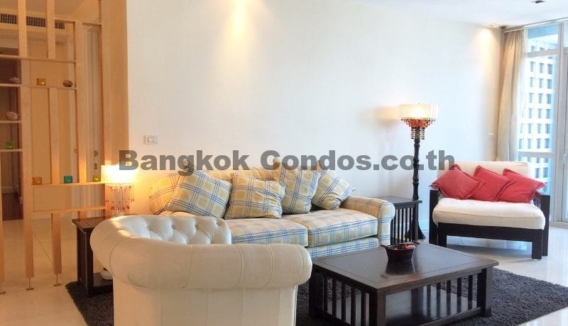 Homely 2 Bed Athenee Residence 2 Bedroom Condo for Rent Sukhumvit_BC00152_2