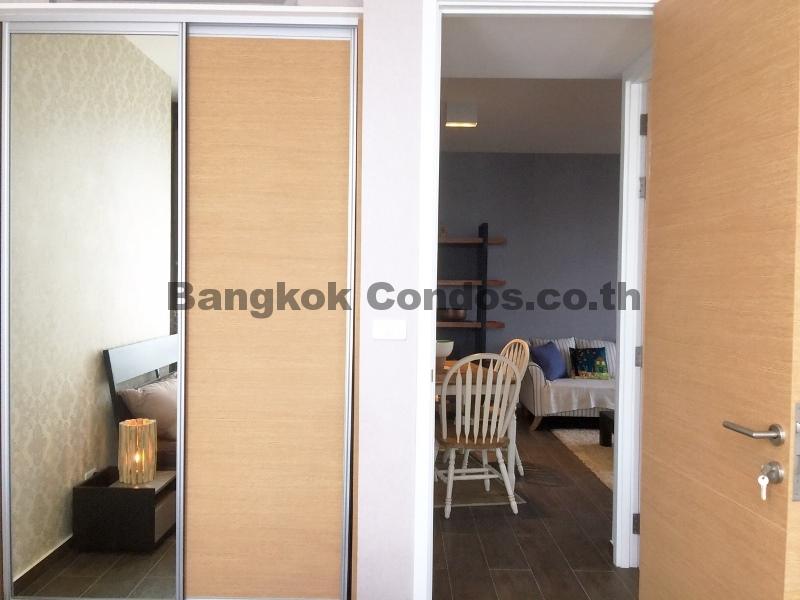 rent 2 bed the lofts ekkamai 2 bedroom condo for rent sukhumvit condo
