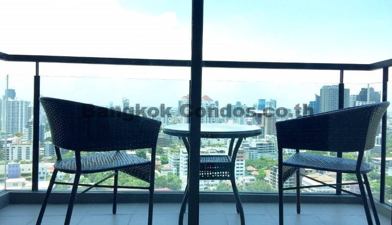 Rent a Spacious 2 Bedroom Duplex Condo at The Crest Sukhumvit 34_BC00220_10