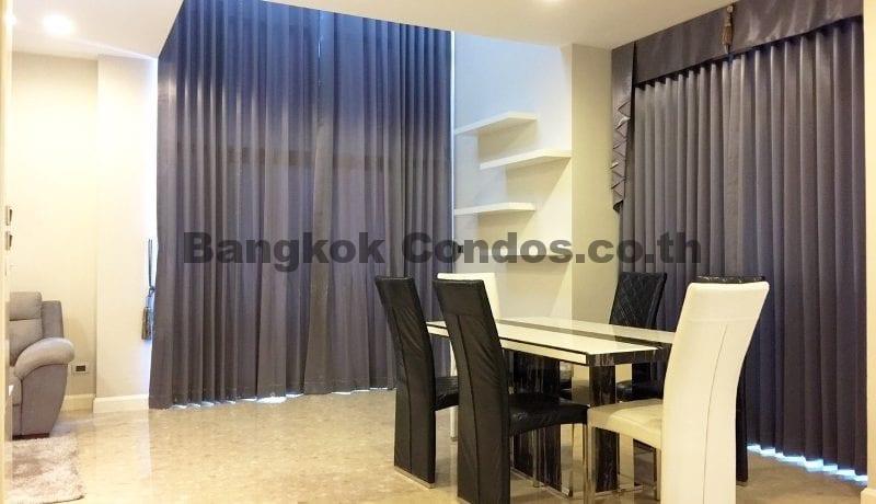 Rent a Spacious 2 Bedroom Duplex Condo at The Crest Sukhumvit 34_BC00220_2