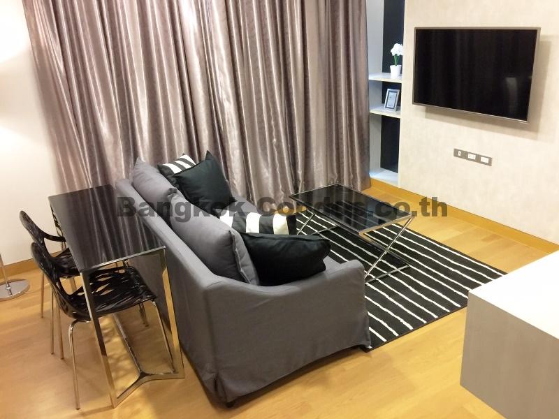 The Lumpini 24 2 Bed Condo for Rent Sukhumvit