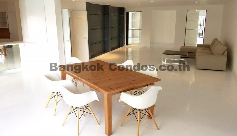 RENT Dog Friendly 3 Bed Apartment Sukhumvit 3 Bedroom Pet Friendly Apartment for Rent_BC00242_4