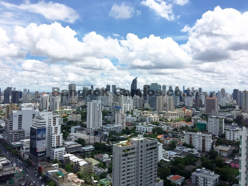 Icon 3 Duplex Penthouse for Sale Thonglor