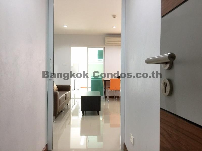 Dog Friendly 2 Bedroom Apartment For Rent Ekkamai Pet Friendly Apartment Rental