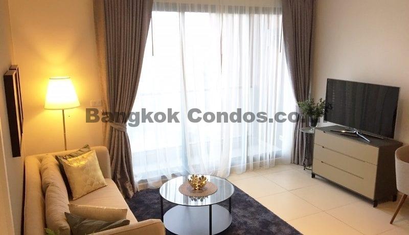 Exquisite 1 Bed The Lofts Ekkamai 1 Bedroom Condo for Rent Sukhumvit_BC00282_1