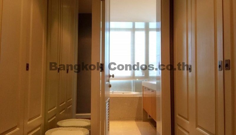Magnificent 2 Bed Athenee Residence 2 Bedroom Condo for Rent Sukhumvit_BC00266_14