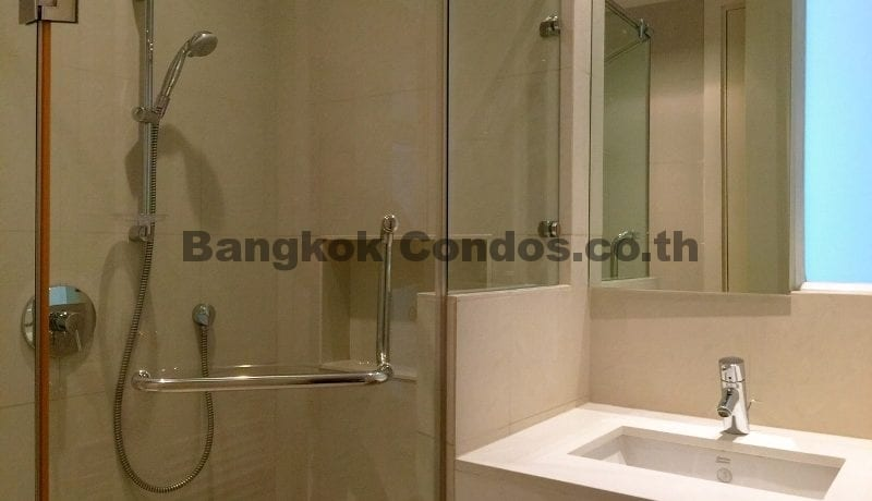 Magnificent 2 Bed Athenee Residence 2 Bedroom Condo for Rent Sukhumvit_BC00266_20