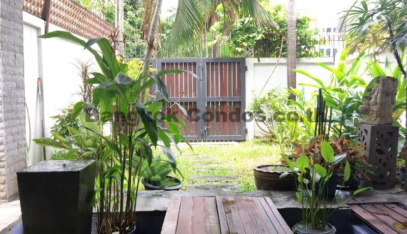 BUY Pet Friendly 3 Bedroom Townhouse for Sale Ekkamai Dog Friendly House_BC00293_1