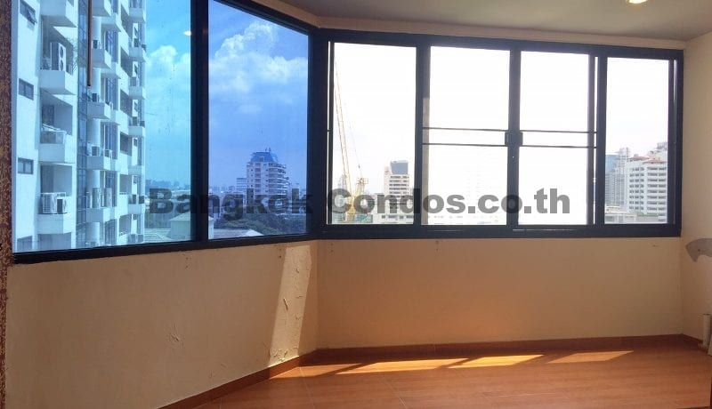 Bright 2 Bed at Waterford Park Sukhumvit 53 2 Bedroom Condo for Sale Thonglor_BC00294_12