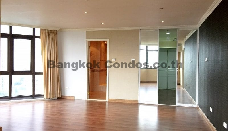 Bright 2 Bed at Waterford Park Sukhumvit 53 2 Bedroom Condo for Sale Thonglor_BC00294_6