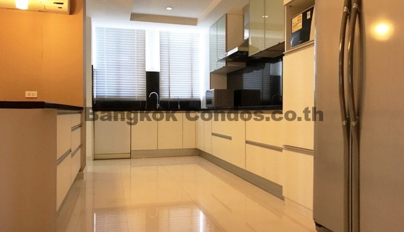 Modern 3 Bed Tai Ping Towers 3 Bedroom Condo for Rent Ekamai Condos_BC00305_4