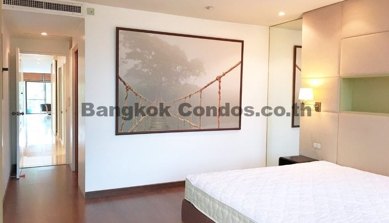 Charming 3 Bed Baan Ananda 3 Bedroom Condo for Sale Ekamai_BC00322_12