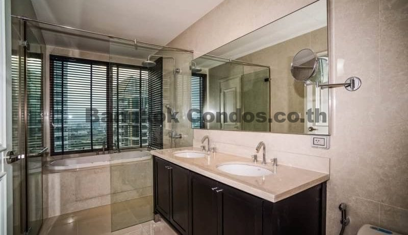 Dazzling 3 Bed Penthouse The Emporio Place Penthouse for Sale Bangkok_BC00313_13