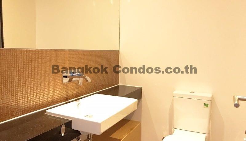 Inviting 2 Bedroom Duplex Penthouse for Rent The Lofts Ekkamai_BC00319_12