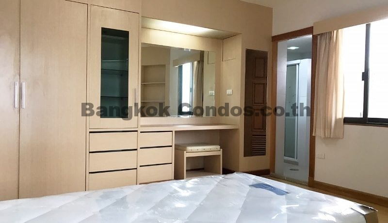 Terrific 3 Bedroom Fifty Fifth Tower Condominium for Rent Thonglor Condos_BC00318_16
