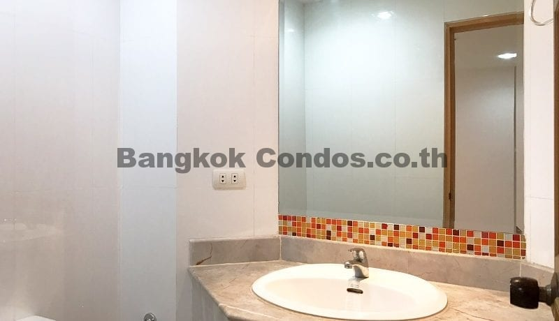 Terrific 3 Bedroom Fifty Fifth Tower Condominium for Rent Thonglor Condos_BC00318_17