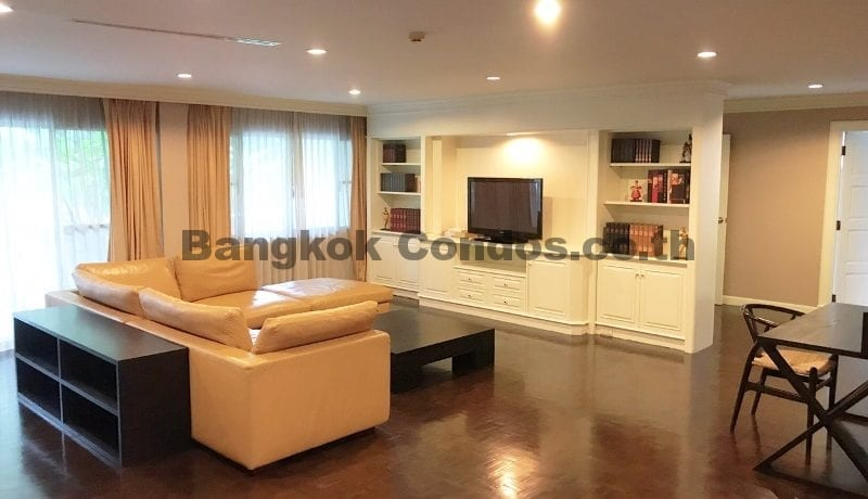 Wonderful 3 Bedroom Apartment for Rent Ekkamai Apartment Rentals_BC00325_1