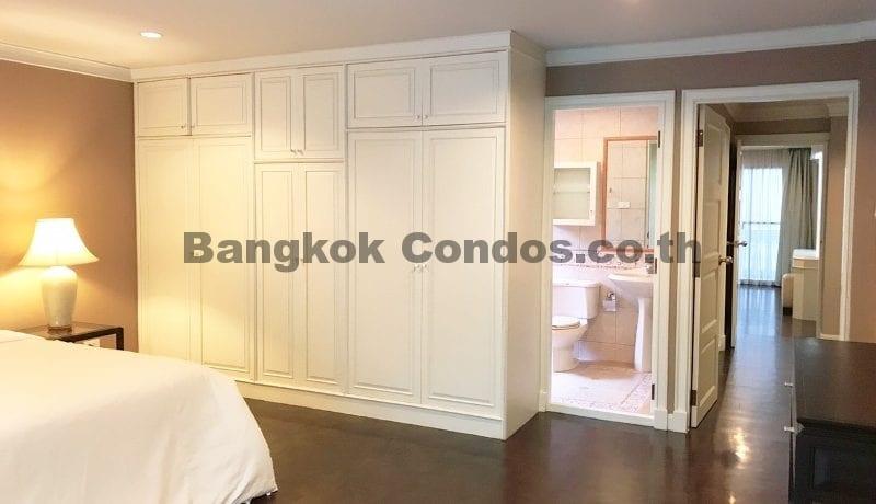 Wonderful 3 Bedroom Apartment for Rent Ekkamai Apartment Rentals_BC00325_10