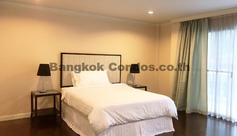 Wonderful 3 Bedroom Apartment for Rent Ekkamai Apartment Rentals_BC00325_12