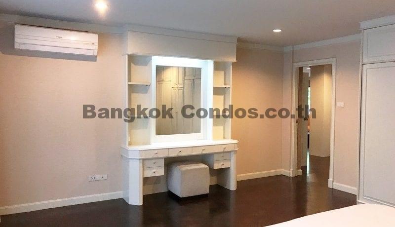 Wonderful 3 Bedroom Apartment for Rent Ekkamai Apartment Rentals_BC00325_13