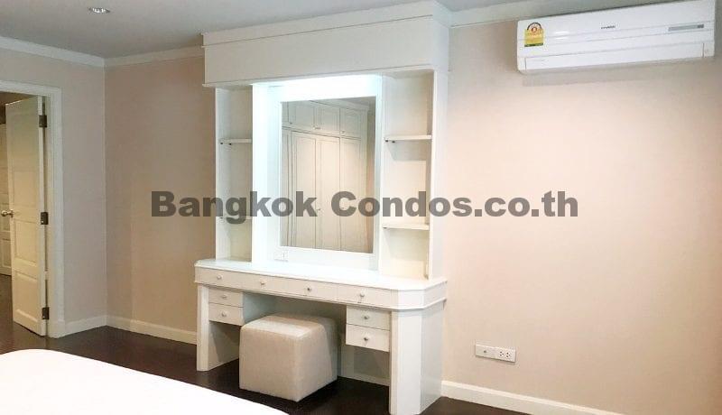 Wonderful 3 Bedroom Apartment for Rent Ekkamai Apartment Rentals_BC00325_16