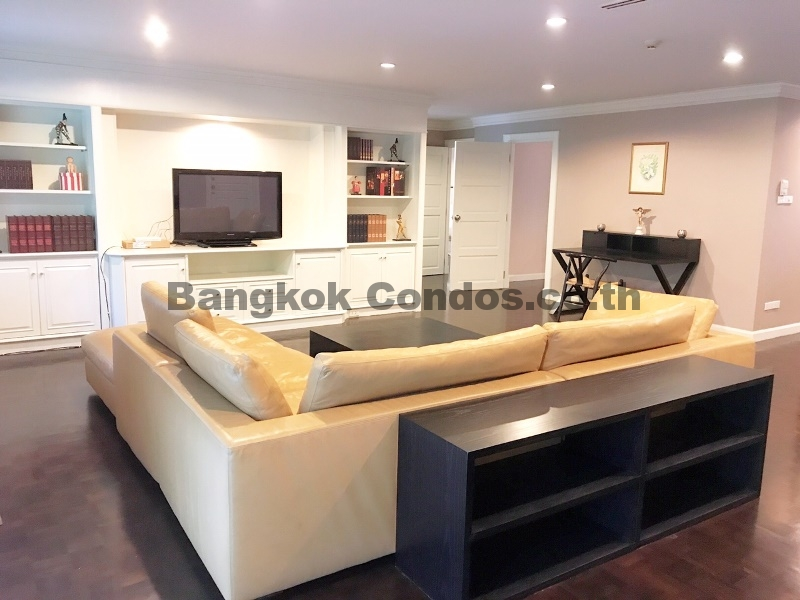 Wonderful 3 Bed Apartment for Rent Ekkamai