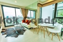Sensational 1 Bedroom RHYTHM Sukhumvit 42 Condo for Rent Ekkamai_BC00330_1