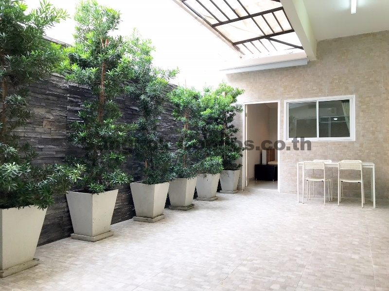Dog Friendly 3 Bed Apartment For Rent Phrom Phong