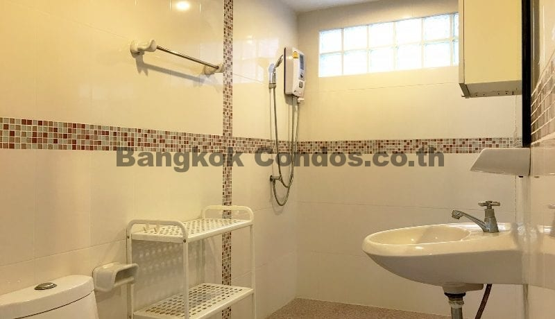Dog Friendly 3 Bedroom Apartment for Rent Phrom Phong Pet Friendly Apartments_BC00333_13