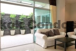 Dog Friendly 3 Bedroom Apartment for Rent Phrom Phong Pet Friendly Apartments_BC00333_3