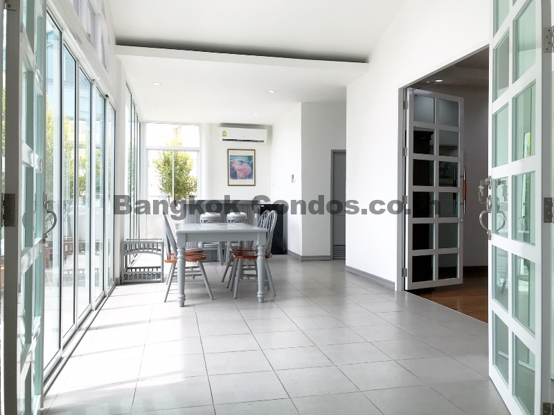 Pet Friendly 3 Bedroom Penthouse for Rent Thonglor